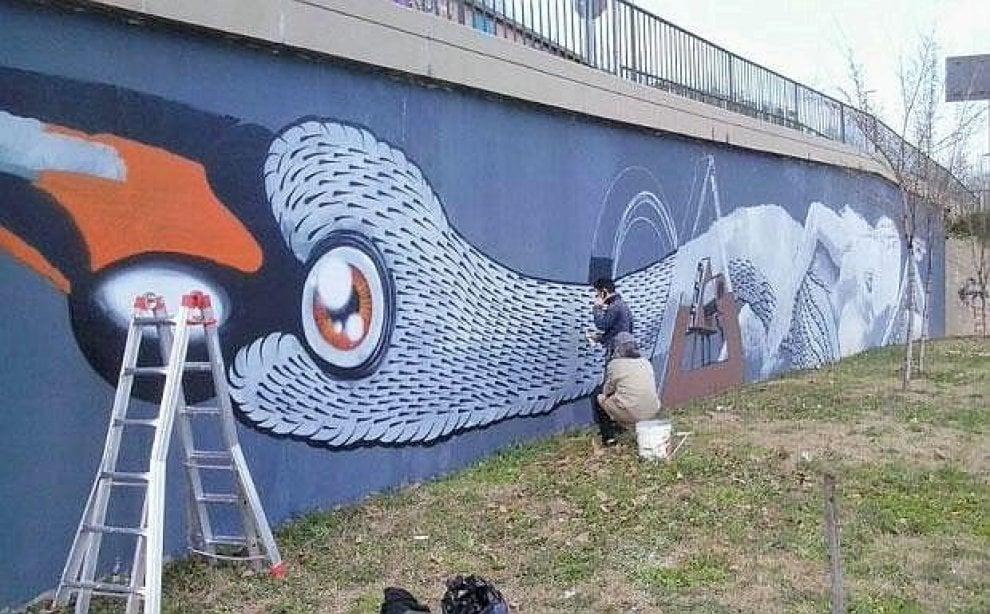 Стены окраин Флоренции - удобное место для творчества